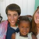 Teen Volunteers doing Community Service in the Dominican Republic