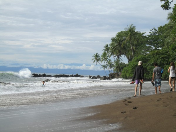 Teen-Travel-Costa-Rica-Beach-Volunteer