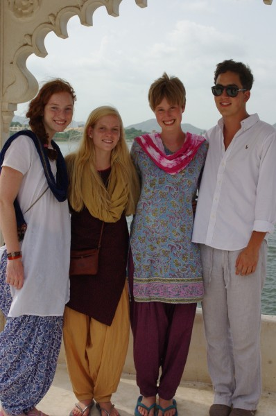 Teen Travel Volunteers in Local Indian Clothing