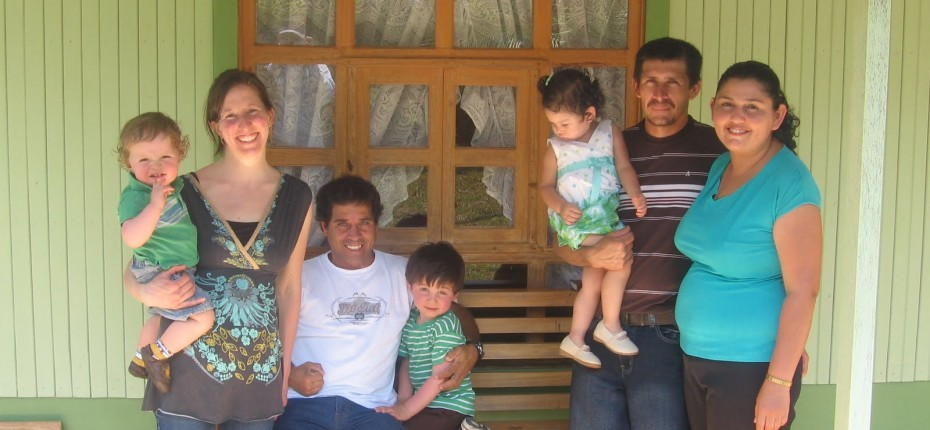 Lauren, Holden, Juan Vianey, Callan, Gato, Yadith, and their daughter Darlene, in front of Gato and Yadith's house.