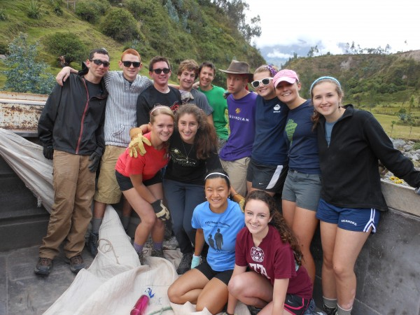 high school volunteers on community service site in ecuador