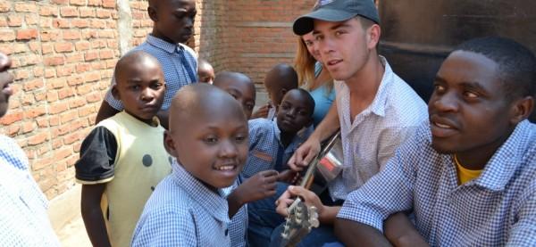 student-travel-rwanda-africa-summer