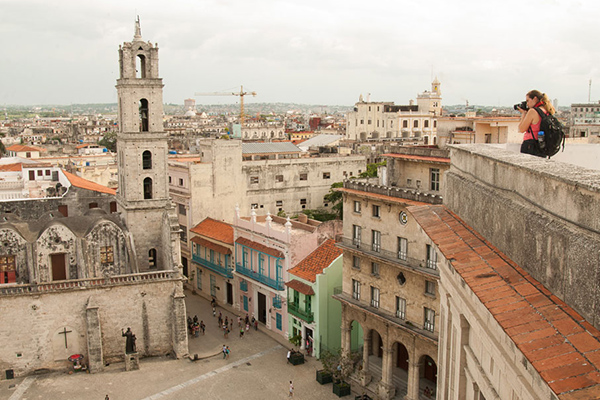 Students explore the culture of Trinidad Cuba on our student travel program